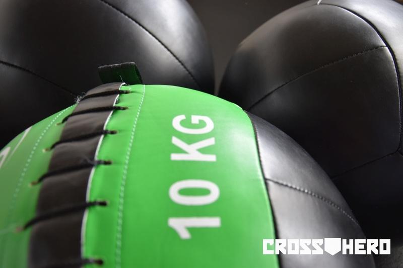 WALL_BALL_Medicine_Ball_Piłka_Lekarska_CrossHero4